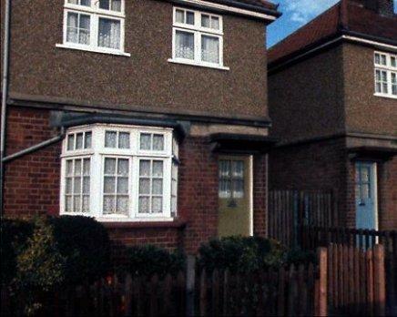 Enfield-Poltergeist-house-33